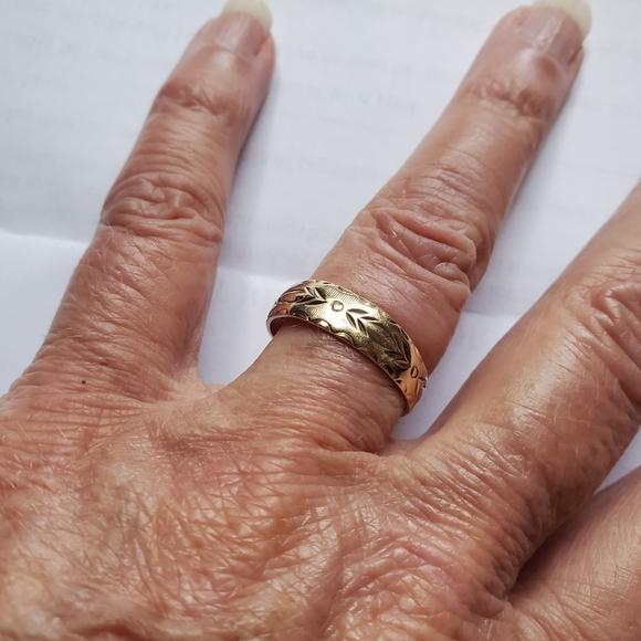 Vintage 10k Gold Wedding Band 7 1/2